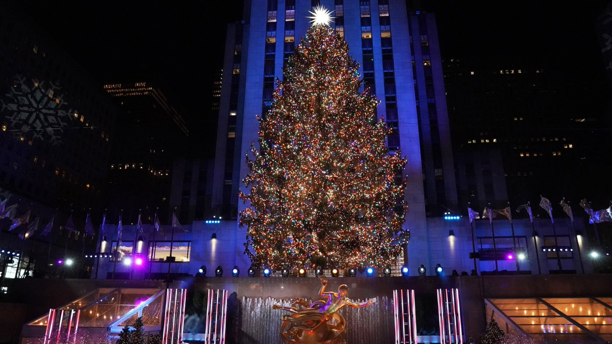 @NBCUniversal has partnered with us by committing to plant one tree for each of the 50,000 bright bulbs strung around this year's Rockefeller tree. A huge thank you to NBCUniversal for showing the world how 1 tree can become 50,000. #RockCenterXmas