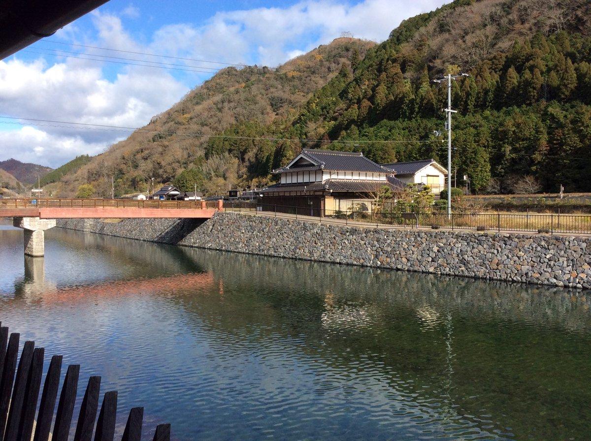 """智頭急行@公式 on Twitter: """"かくれんぼだーい😁❗️ #列車はどこで ..."""