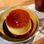 ずっしり重量感のある濃厚プリンを食べられるお店、渋谷のWHITE GLASS COFFEE!