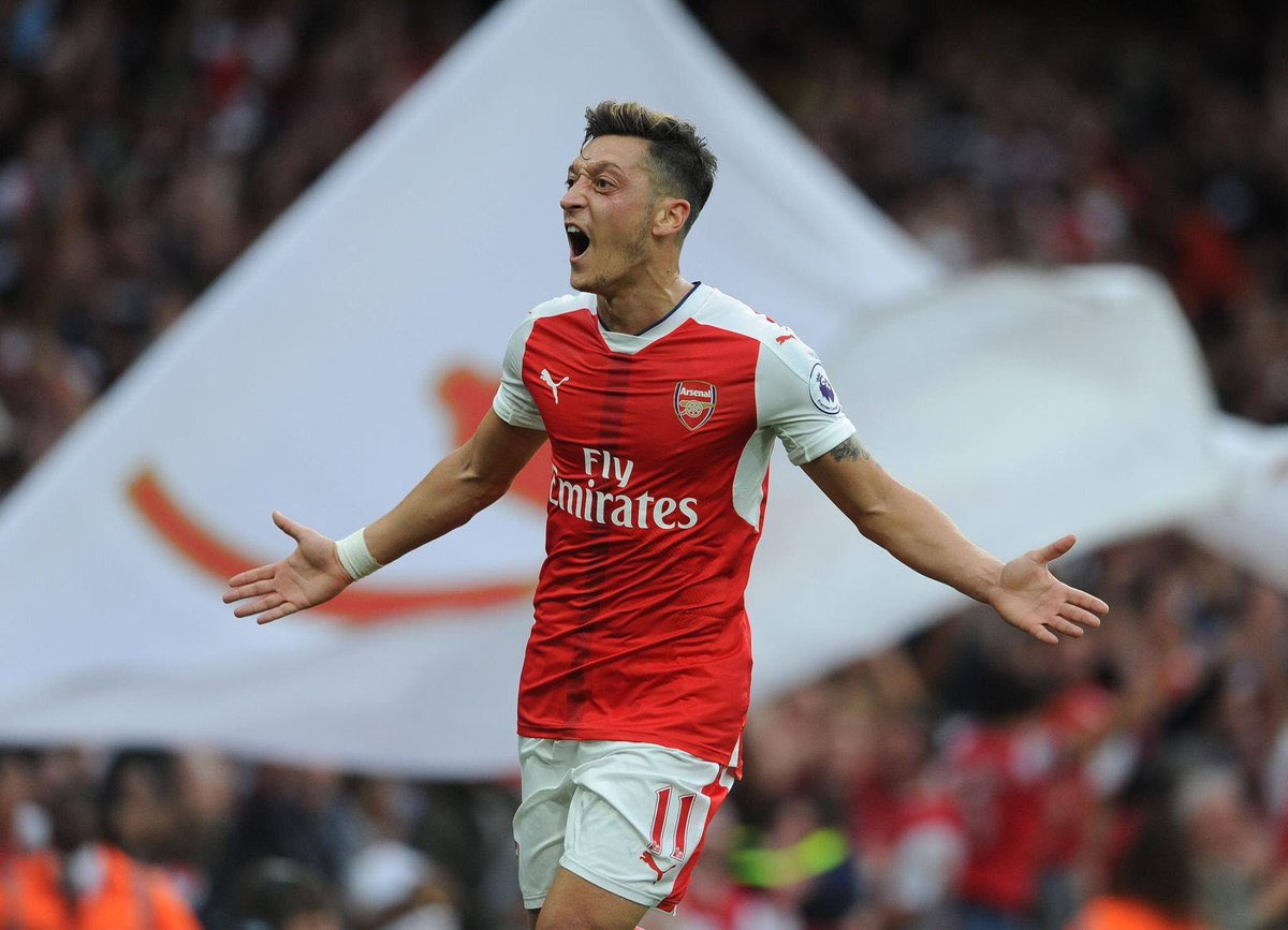 Day 499:  Hey idolo @MesutOzil1088 please follow me , it's been almost 500 WHOLE DAYS ABI.. It's a rough journey but now I am not giving up .. want to see ur magic and energy on the pitch king .. Make my day idolo . ( Tag him and RT FT )