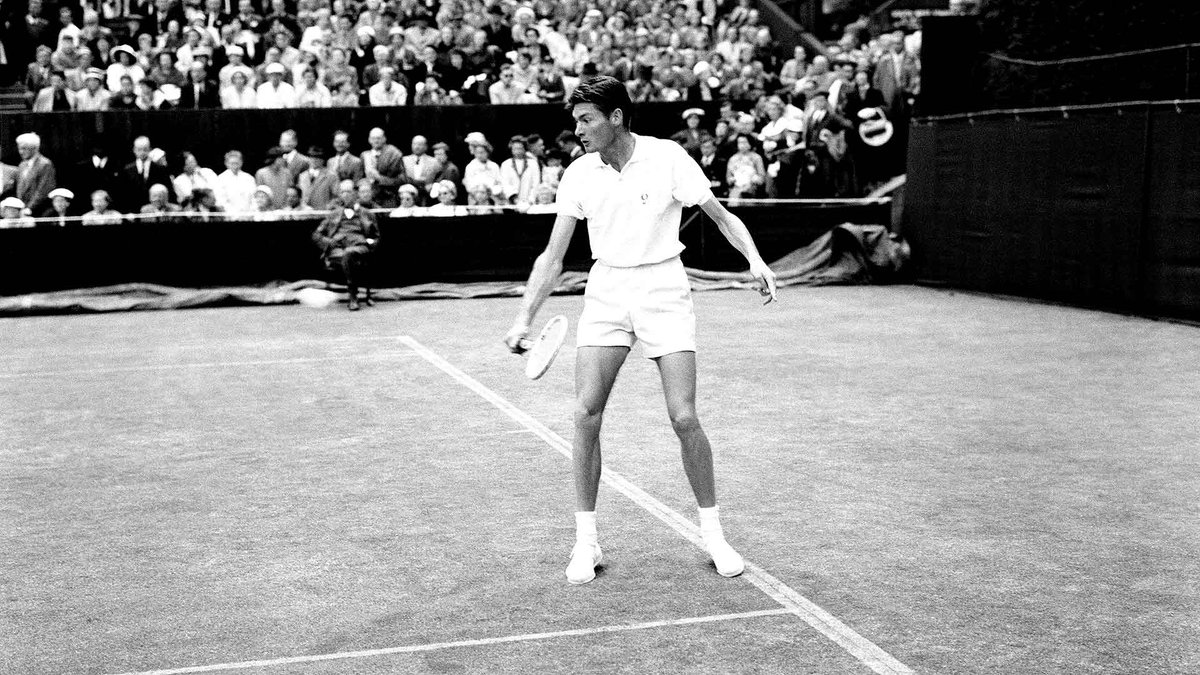 An excellent tribute by @Ringham7 to Gordon Forbes, the 1955 @rolandgarros mixed champion with Darlene Hard and author of #tennis classic, 'A Handful Of Summers', who has passed away aged 86.   📕:  📷: AELTC/Arthur Cole @Wimbledon