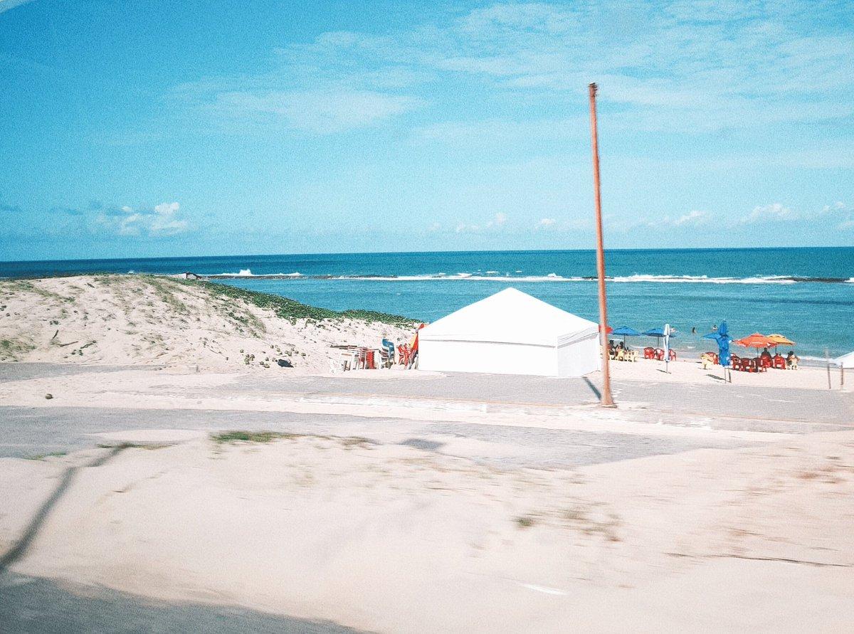 @ClaudiaLeitte aqui em natal faz sol o ano inteiro #ClaudiaLeitteSolASol