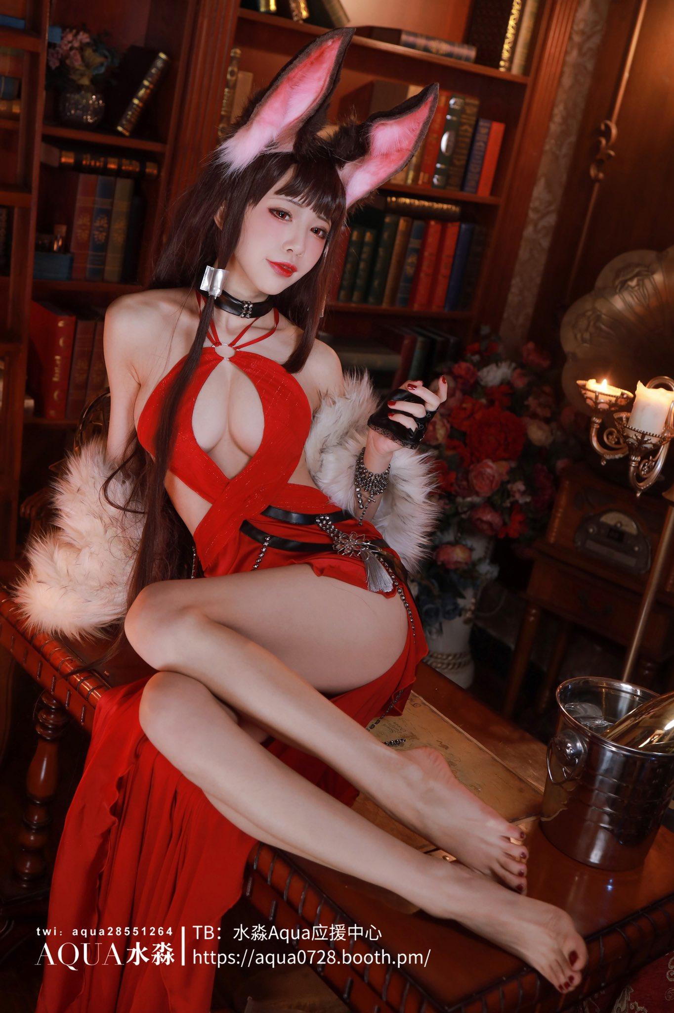 画像,I like the dress of #AzurLane so much! Blue and red are my favorite colors. New …