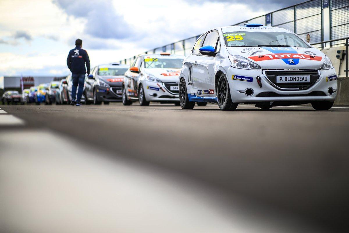 Le Youngtimers Cup remet les anciennes aux Rencontres Peugeot Sport