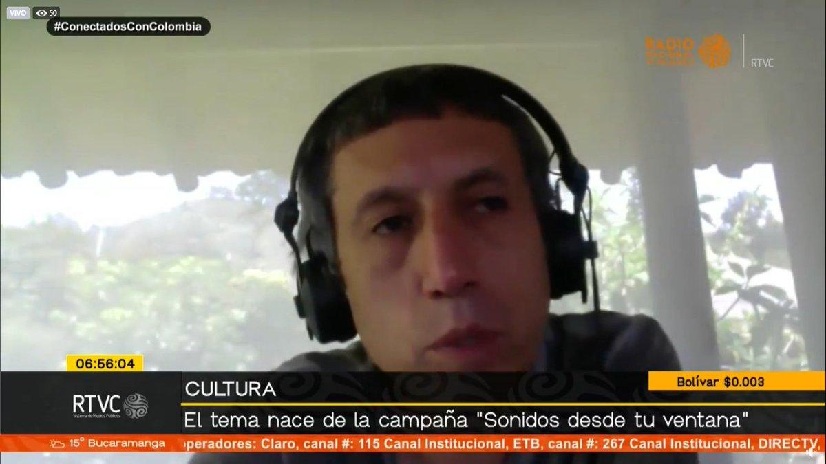 🔴📻#AlAire En #SeñalDeLaMañana hablamos con Héctor Buitrago, integrante de @aterciopelados, sobre la nueva canción de la banda 'Más allá de la ventana´. ¿Ya la escucharon?    📺➡️