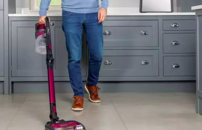 Always wanted a Shark vacuum? Here's where to get it for their cheapest price EVER #CyberMonday https://t.co/mFINRnLWxb https://t.co/Ty5bK7GN4y