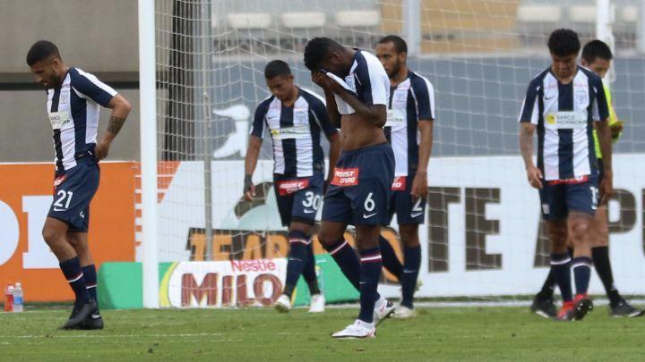 """#CarruselCaracol   🚨⚽🎙️ ¡Al Aire! """"Ayer fue un día muy triste, muy penoso lo que se vivió acá en Lima. Esperamos tener a Alianza en la liga, el próximo año"""": Carlos Álvarez, periodista peruano en El Carrusel Caracol    📻🎧Escúchelo aquí:"""
