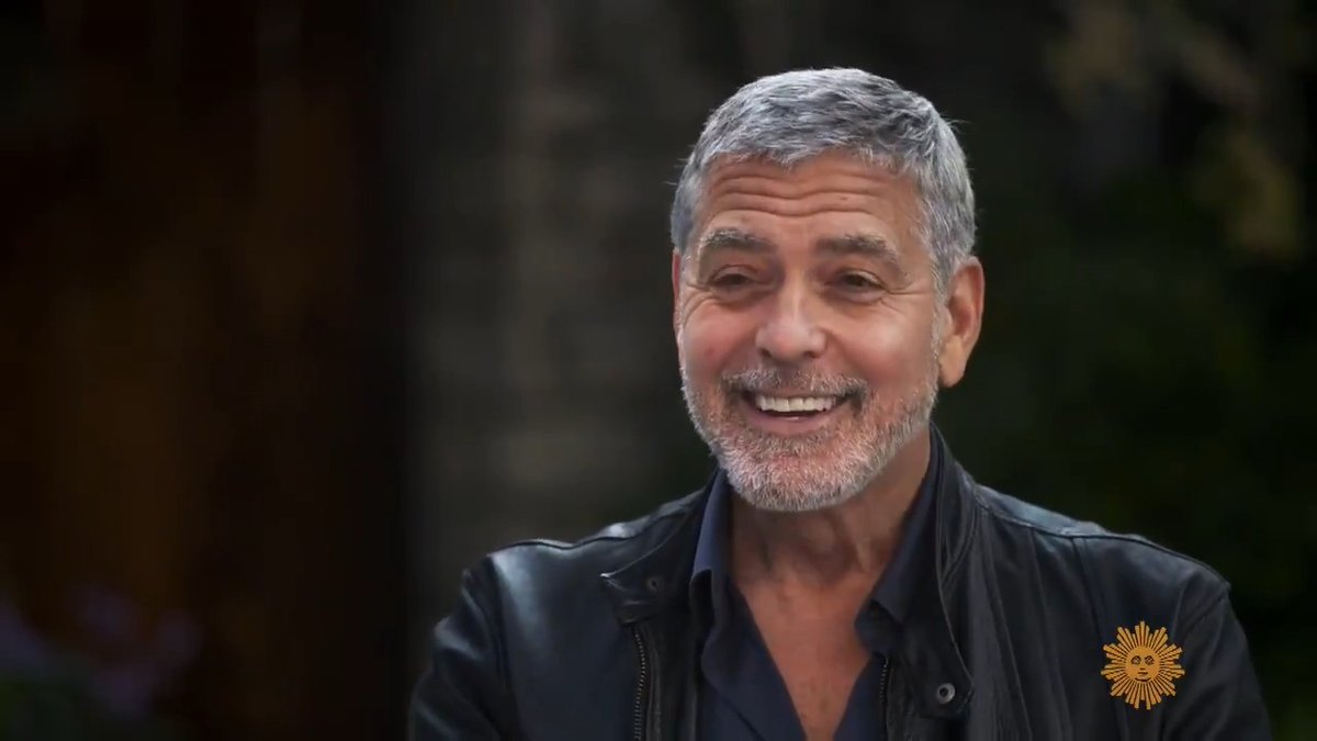Actor/director George Clooney tells @thattracysmith that he's been cutting his own hair for years - by using the Flowbee haircutting machine https://t.co/SWYT8pFC8h https://t.co/bKepm5LQCM