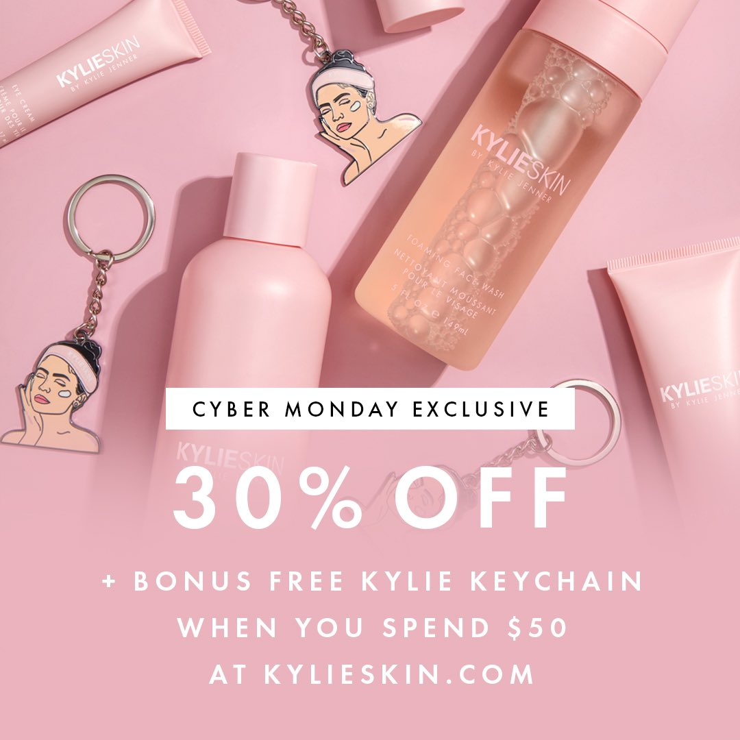 my @kylieskin Cyber Monday sale starts now!! 30% off plus free exclusive limited edition keychains 💗