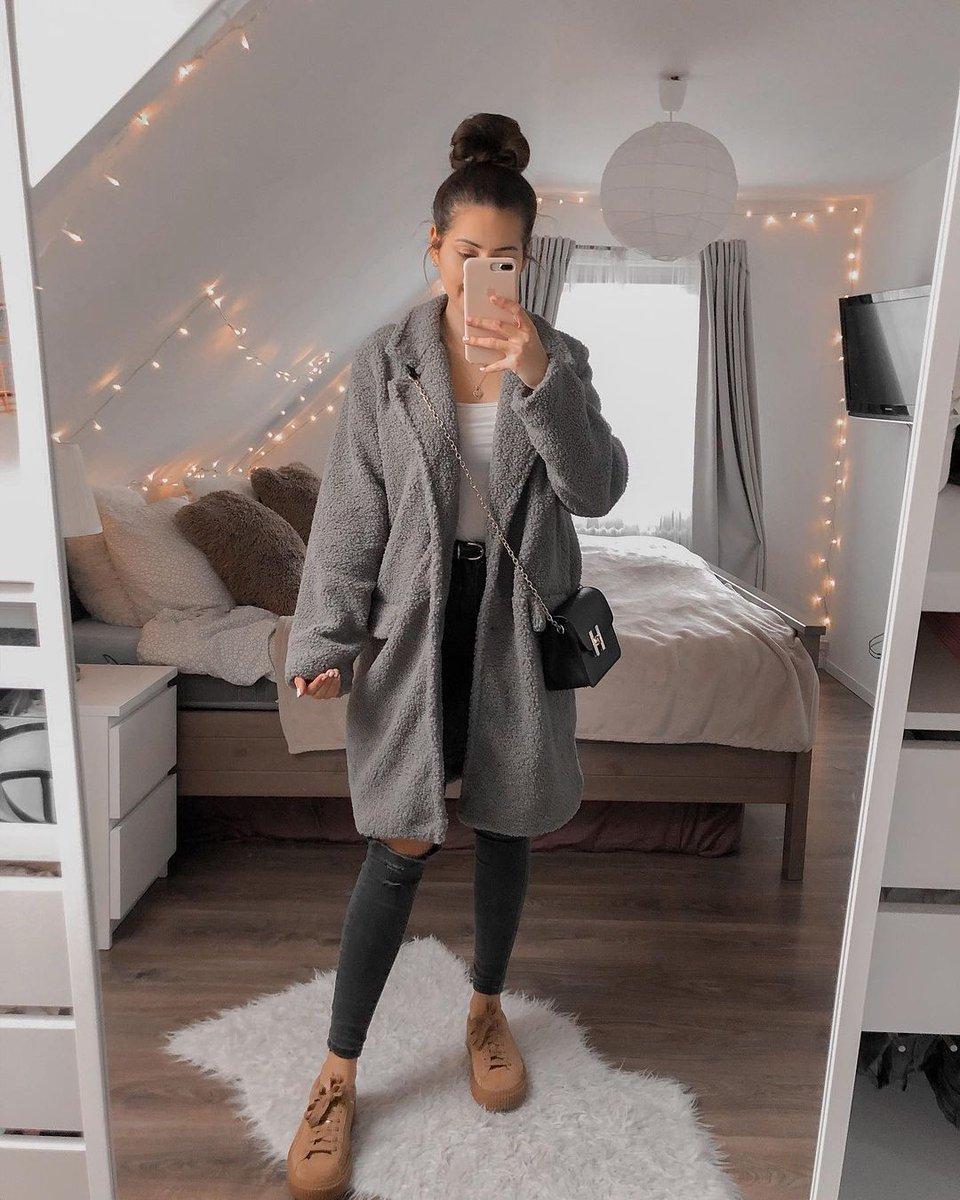 معطف الفرو هو أسهل قطعة تمنحك الدفء في الطقس البارد. للتسوق انقروا على الرابط #الشرق_الأوسط #فاشن #شي_ان #ستايل #موضة #أسلوب #سعودية #ملابس 🔎: 1627192 🔗:  💵code: PAE15