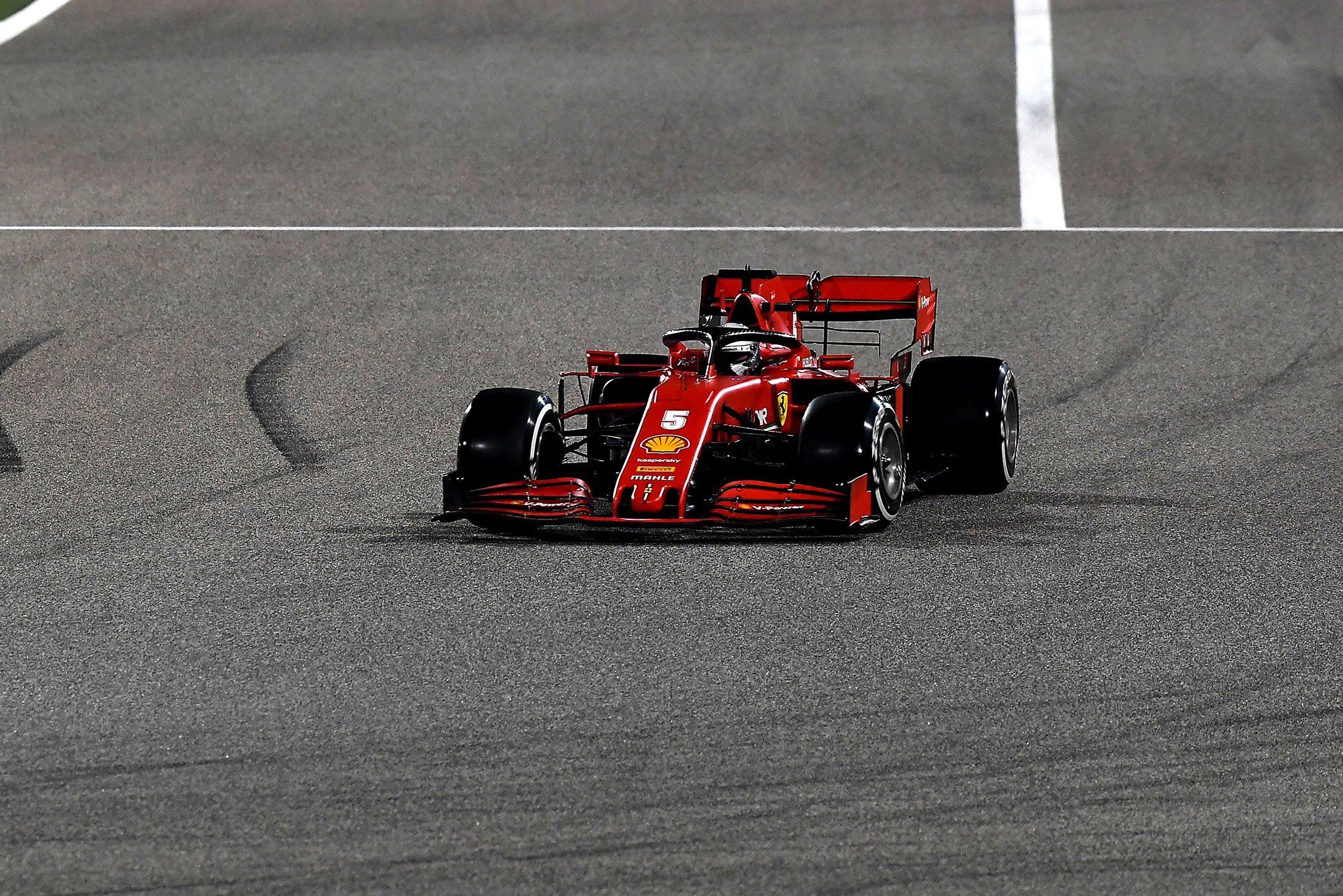 Ferrari: Vettel dietro Russell, Leclerc acciuffa un punticino...