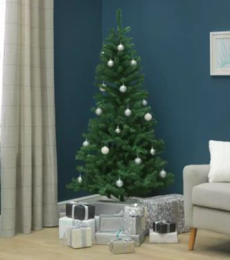 🎄  This 6ft Imperial Christmas Tree is down to £22.50 along with lots of other bargains over at Argos -- https://t.co/3kMVgimb90  Tom ⚡️ https://t.co/yycC0G6ETw