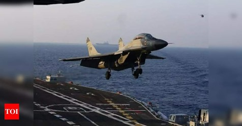 Navy finds some debris of crashed MiG-29K in Arabian sea