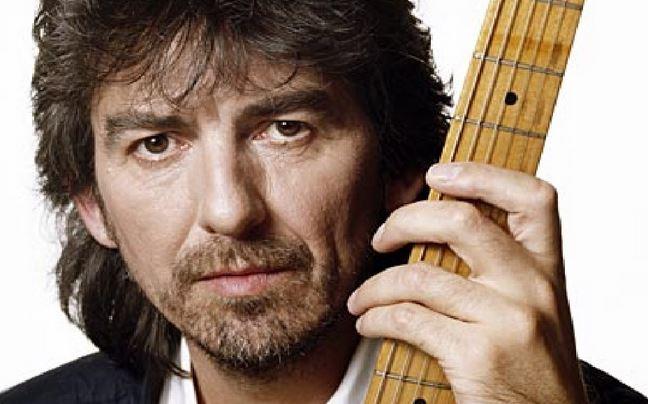 Un día como hoy del año 2001 fallecía el Gran GEORGE HARRISON, músico multiinstrumentista, compositor, cantautor, productor musical, productor cinematográfico, actor, filántropo y activista pacifista y ecologista británico, guitarrista y cantante de la banda de rock The Beatles. https://t.co/bTnHMQ4Ke4
