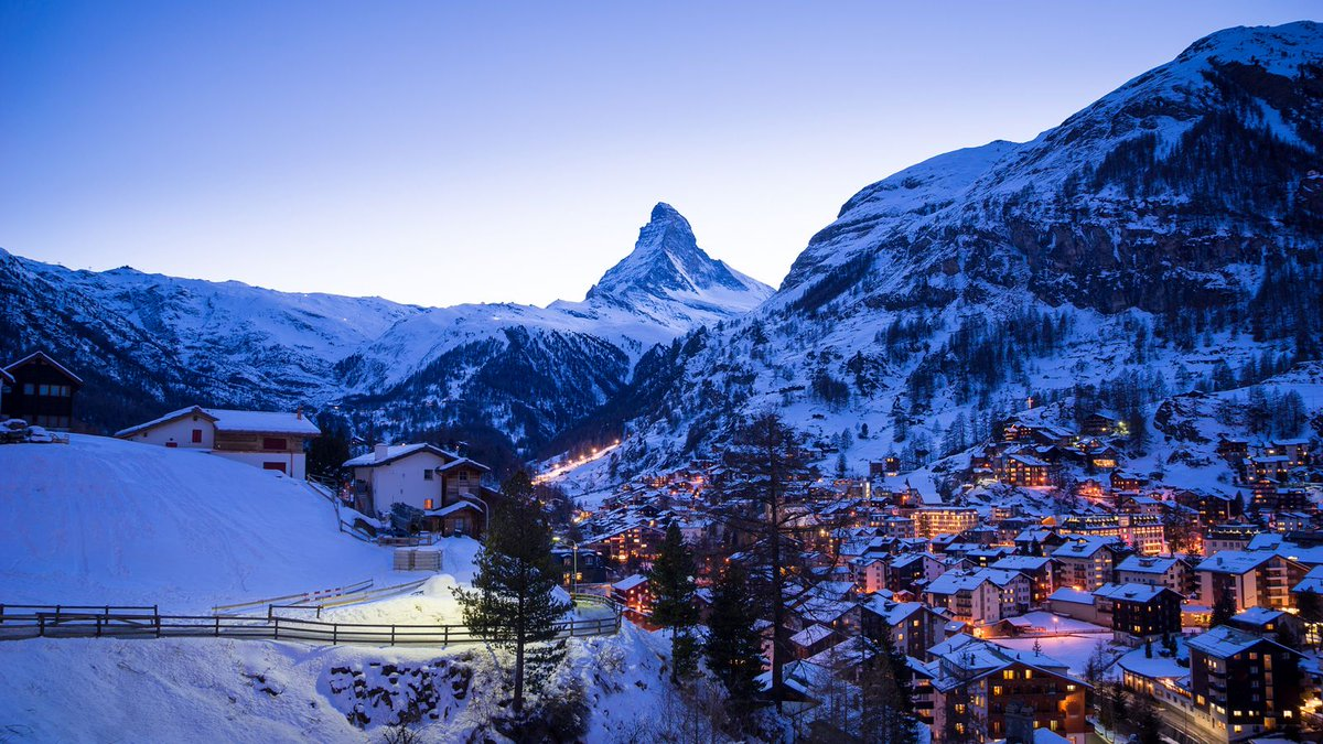 There's nothing better than blue hour in beautiful #Zermatt 😍   #InLoveWithSwitzerland #zermattmatterhorn #matterhorn