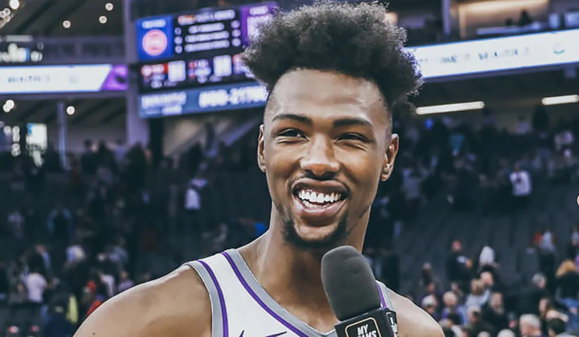 We've got @gwiss on the @blazersedge pod tonight to talk about new Blazer's big man:   Harry Giles III  Get your questions in now! https://t.co/a4uH3whtLs