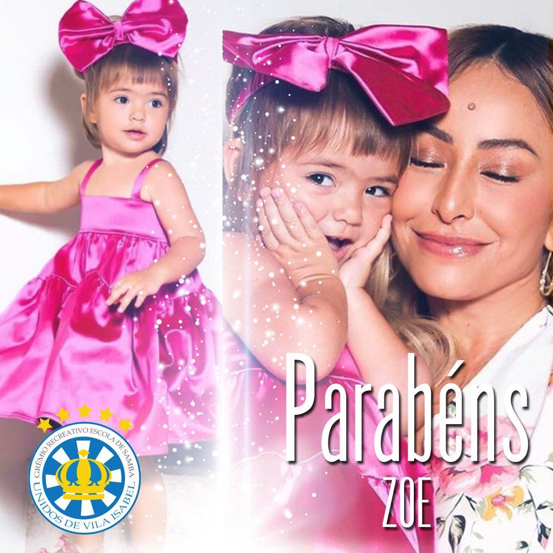 Hoje é dia de festa! O Presidente Fernando Fernandes, em nome da Vila Isabel, parabeniza a Zoe, filha da nossa querida Sabrina Sato, por mais um aninho de vida.  Desejamos muitas felicidades!! 💙💙