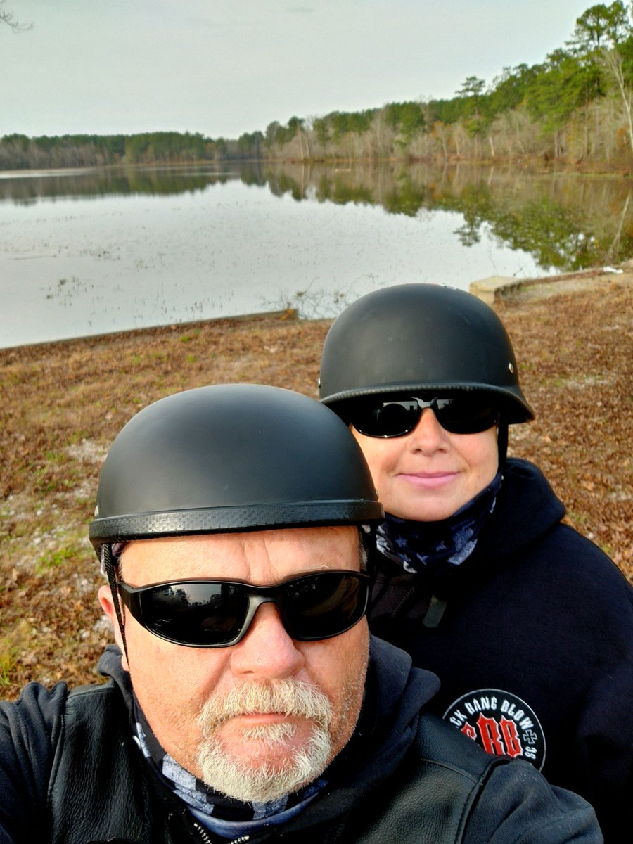 Sunday vibes and Harley rides..  #NC # bikers #harleydavidson