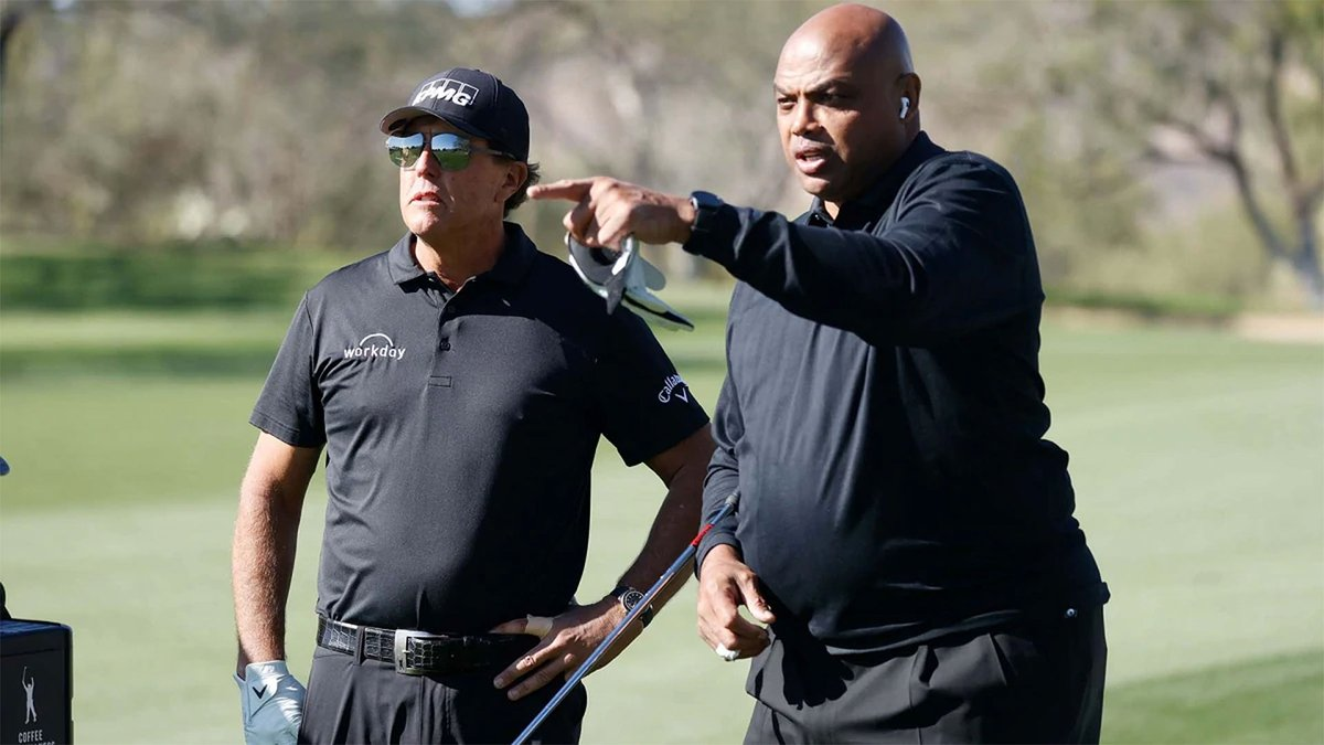 Noticia:  Phil Mickelson y Charles Barkley ganaron la tercera edición de #TheMatch en Arizona