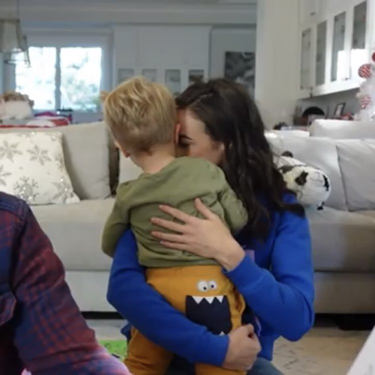 @ColleenB123 these mommy moments made me melt 😭😭 #cancerbackoff