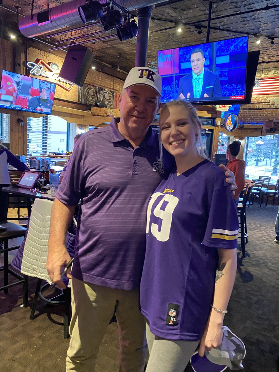 got to meet Tommy Kramer at work today and he told me i was pretty and gave me a $20 tip. it was a good day☺️ #Skol #Vikings