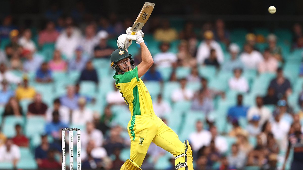 'I would love doing it'  Marnus Labuschagne has put his hand up to replace David Warner at the top of Australia's ODI order.  Do you think this could be the right move for Justin Langer to make? 🤔  MORE 👉   #Cricket #AUSvIND