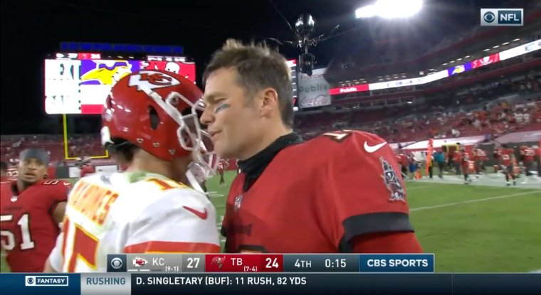Unbelievable Tom Brady shakes Patrick Mahomes hand after the game but does not shake Nick Foles or Jared Goff hand what's up with that #Eagles #LARams  #KCvsTB