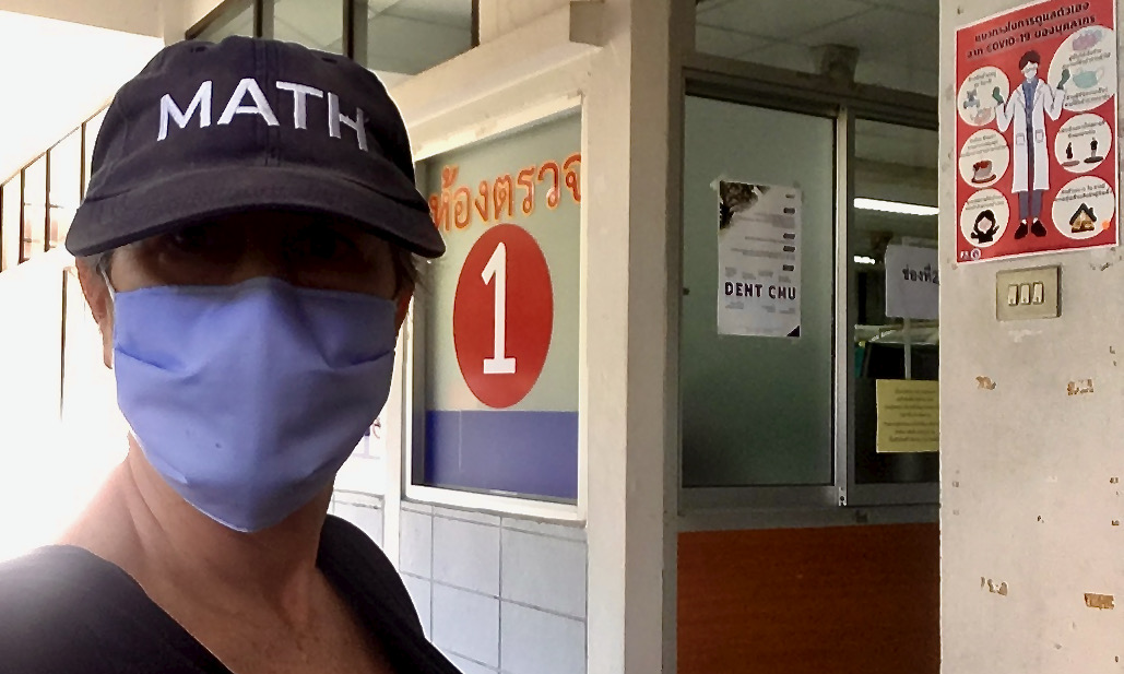 Had a toothache for 3 weeks so I went to the Chiang Mai University Faculty of Dentistry - no appt required. The exam, x-ray & extraction of 2 teeth cost 17.50 USD and everything was completed within 90 minutes. The university system provides good care. #LifeInAThaiForest https://t.co/1o8AUdIpbO