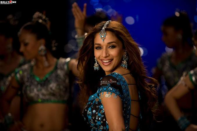 "#13YearsOfAajaNachle   My 1st #MadhuriDixit movie that I watched outside India in a cinema. I think #HoytsBlacktown in #Sydney.  1st day 1st show. I teared up on #ORePiya & #Medley, had goosebumps on the title song.  Remember reading #NYTimes saying ""She still got it""😍😇"