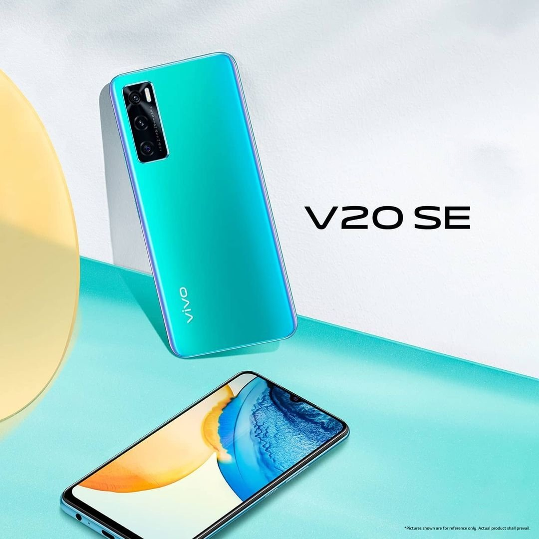 At only 7.83mm and 171g, #VivoV20SE is lightweight and designed to fit snugly in your hand.   3D body curves complemented by a high polymer material; delivering a smooth and comfortable finish.  #Vivo #VivoV20Series #VivoMobiles  #vivov20seaquamarinegreen
