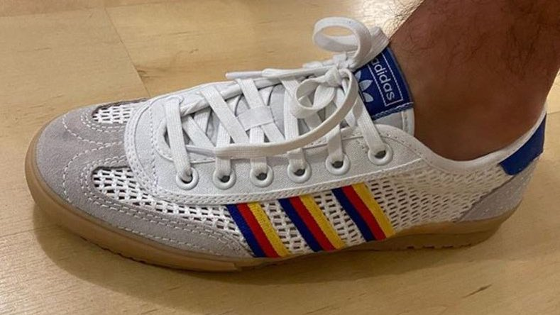 Morning all.....👋☕️ Adidas Tischtennis.....🏓🏓🏓 💙❤️💛💙❤️💛💙❤️💛💙❤️💛 📸 @ thedeckinn IG 👍