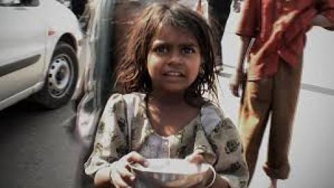 @KapilSharmaK9 बिना काम के पैसा, कोई जेब से नही निकालता, फिर चाहे भिख माँगना  ही क्यों न हो..)✍🙏