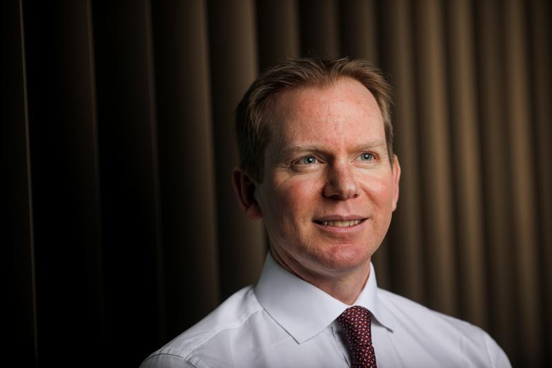 Lloyds names HSBC's Charlie Nunn as new Chief Executive https://t.co/aSt2htdp6f https://t.co/vgeHlSy7mQ