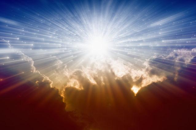 "Replying to @Martha_10452: "" لا تيأس.. وأنت تعلم أن الله دوماً يخلق نوراً جديداً بعد كُل ظلام."" صباح الأمل❤️"