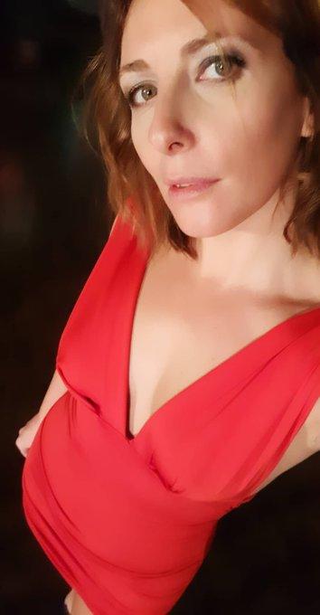 2 pic. En plein tournage à Cannes pour @GdeSatin https://t.co/Fvl89ISl8l