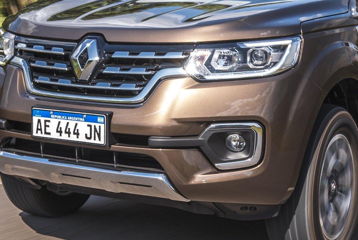 #ALaVenta Te contamos qué trae la #Renault Alaskan, versión por versión 👉 https://t.co/naL7HtBSZe https://t.co/z29amxdDQE
