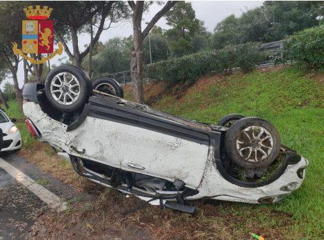 Incidente sulla A20 nel Messinese, la Polizia trova mezzo chilo di droga sull'auto - https://t.co/BZ9a2fWiee #blogsicilianotizie