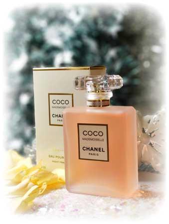Coco Mademoiselle de @CHANEL est dans notre sélection de parfum pour #Noel retrouvez toute notre sélection  #beauté #parfum #cadeau #luxe #fragrance #idéecadeau #IDKDO #chanel #coco