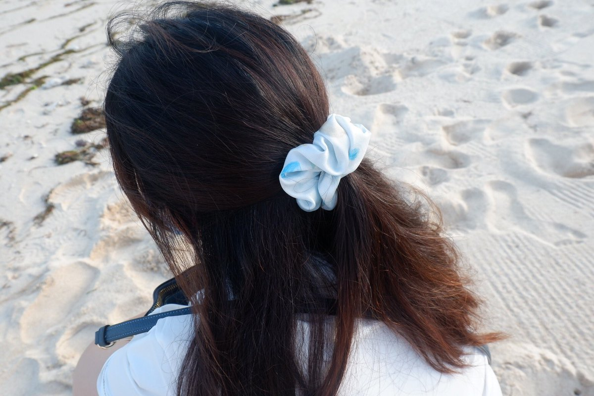 Our Baby Blue Scrunchie 💙  #beachlife #beach #girls #sellingproduct #illustrationartists #productdesign #illustratedproduct #hairtie #scrunchies #babyblue #fluffy #hairaccessories #ArtOfTheBlue #HandmadeHour #handmadechristmas