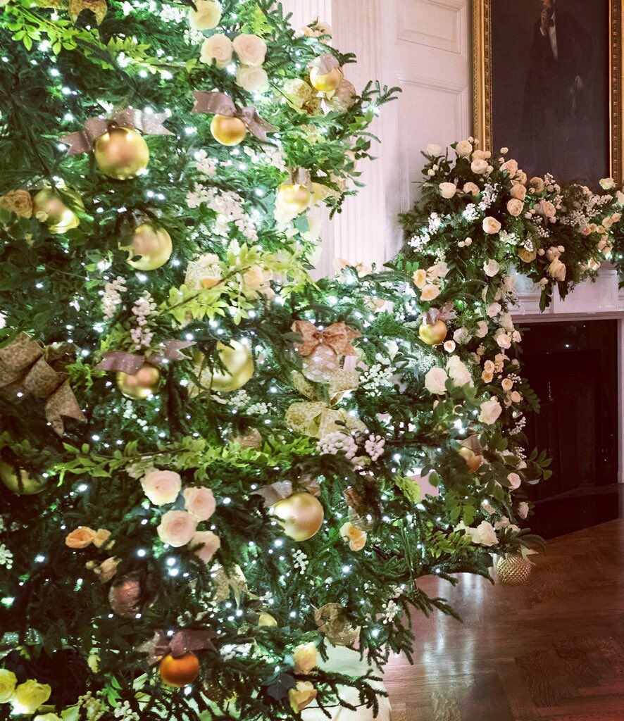 """America the Beautiful"" #Christmas at the @WhiteHouse"