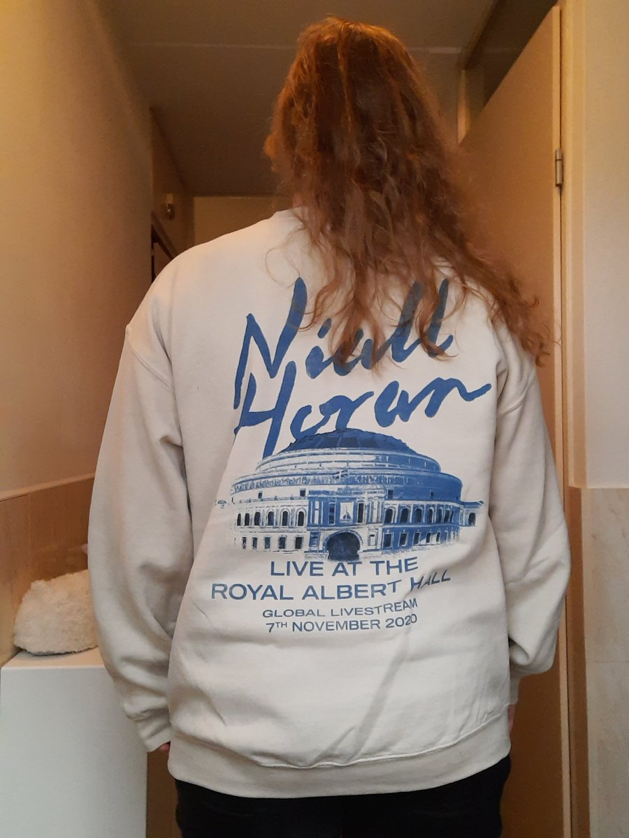 @NiallOfficial @WeNeedCrew Feeling much better today! Still love my Royal Albert Hall sweater! 🥰 Really comfy and warm ❤ @NiallOfficial