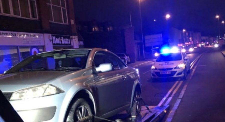 Полиция изъяла у британца автомобиль через 30 секунд после покупки https://t.co/vxh8mi3N5D #renault https://t.co/RjgpbDZDDM