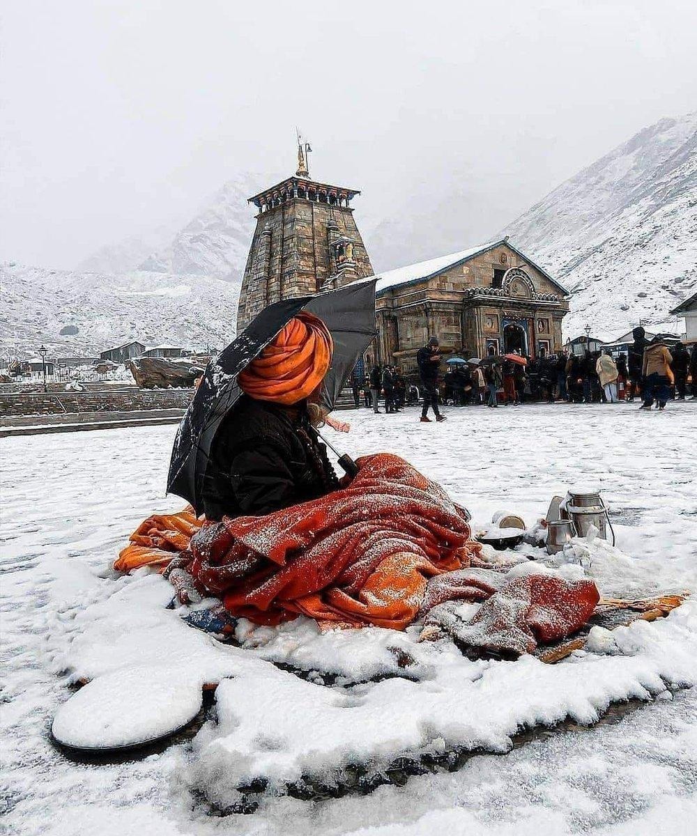 Shree Kedarnath Temple #himalayas #himalayasin #Kedarnath #lordshiva https://t.co/hu0lSexBDV