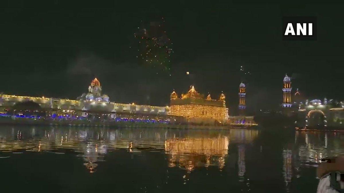Replying to @ANI: Punjab: Guru Nanak Jayanti celebrations at the Golden Temple (Harmandir Sahib) in Amritsar
