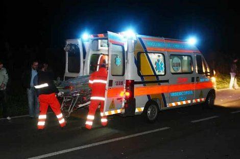 Tragico incidente nella statale 115, un morto e tre feriti nello scontro tra un auto e un furgone - https://t.co/OScHuW8jNG #blogsicilianotizie