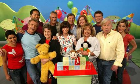 #LIVE on the LEARN Channel - The Story of Goldilocks and the Three Bears by Play School #Rhymes #ABC #children #music #kidsradio https://t.co/XfqNB0AmCS