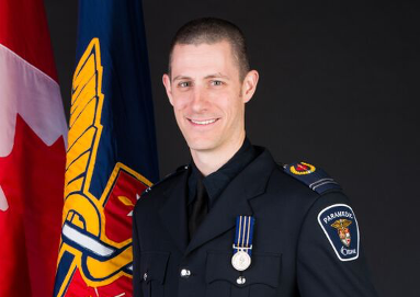 Ever wanted to learn about tactical paramedicine?   @criticalevels podcast sits down with @benjolicoeur from our Paramedic Tactical Unit to learn all about how they respond to medical emergencies in high risk environments   * check it out at the link below https://t.co/gLThVQGbKs