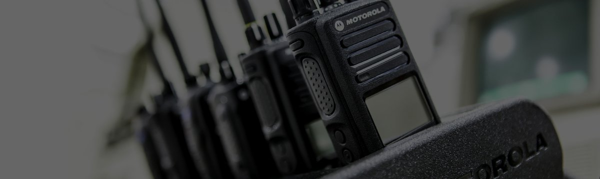 #MotorolaSolutions devices, networks and software options allow teams to hear all conversations and monitor what's going on around them in real-time. This detail gives users what they need to focus on what needs to be done without delay > https://t.co/8rCKlj31zI #twowayradios