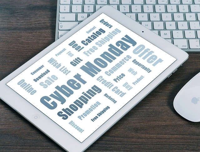 Today is #CyberMonday. Anytime you shop online, ensure the site is secure and reputable before providing your credit card number & personal information. Report fraud and attempted fraud to the FBI's Internet Crime Complaint Center at .