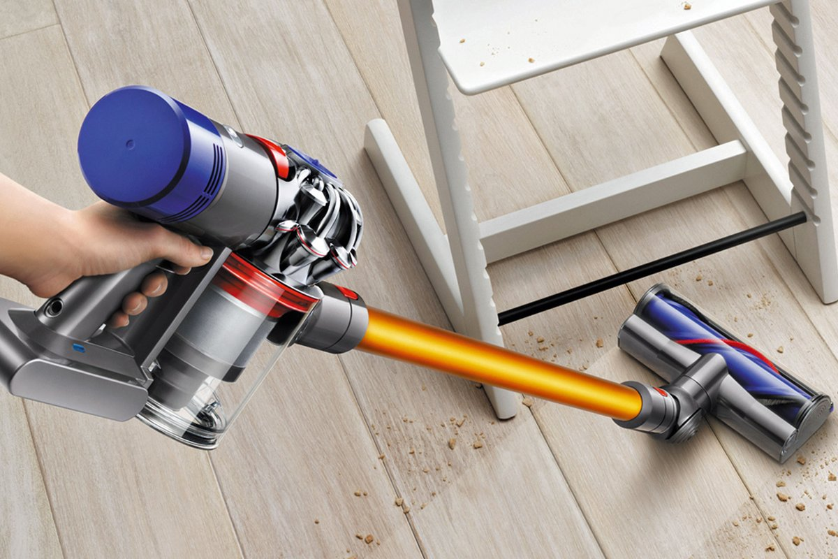 The Dyson V8 Absolute Extra is £100 cheaper for the Cyber Monday sales https://t.co/aU9JTpkDya @dangrabham https://t.co/B4GQzdh15v